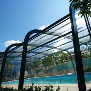 Abri haut aquadiscount vert, facile à monter et spacieux