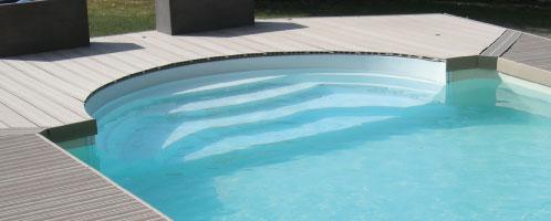 L'escalier de piscine offert pour notre offre de Septembre